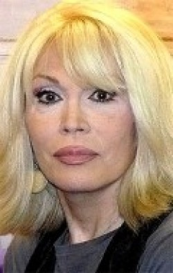 Full Amanda Lear filmography who acted in the animated movie Chasseurs de dragons.