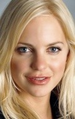Full Anna Faris filmography who acted in the animated movie Yogi Bear.