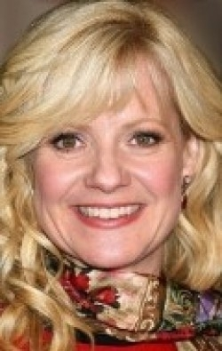 Full Bonnie Hunt filmography who acted in the animated movie Cars 3.