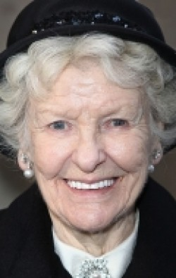Full Elaine Stritch filmography who acted in the animated movie ParaNorman.