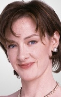 Full Joan Cusack filmography who acted in the animated movie Hawaiian Vacation.