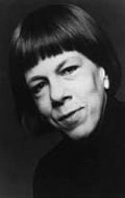 Full Linda Hunt filmography who acted in the animated movie Pocahontas.