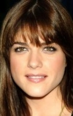 Full Selma Blair filmography who acted in the animated movie Hellboy Animated: Sword of Storms.