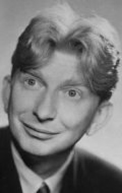 Full Sterling Holloway filmography who acted in the animated movie Disney Sing-Along-Songs: You Can Fly.